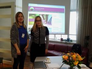 Tasa-arvotietoa saatavilla: Reetta Siukola ja Minna Kelhä esittelevät uudistunutta tasa-arvotiedonkeskus Minnaa